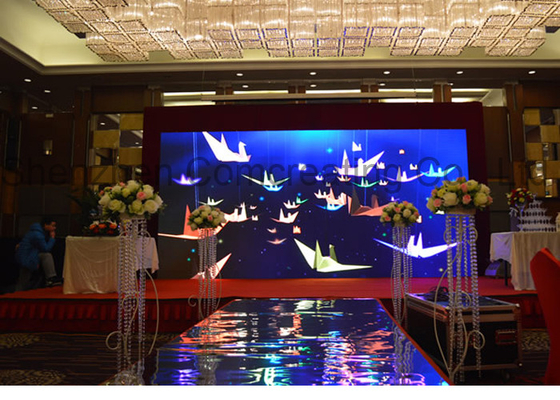 HD Mobile SMD Rental LED Display 3 in 1 Die - casting Aluminum 111111 Pixel / m2